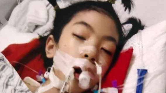 慈善募捐|戴着钢钉头盔的女孩,盼望重归正常生活|公益宝